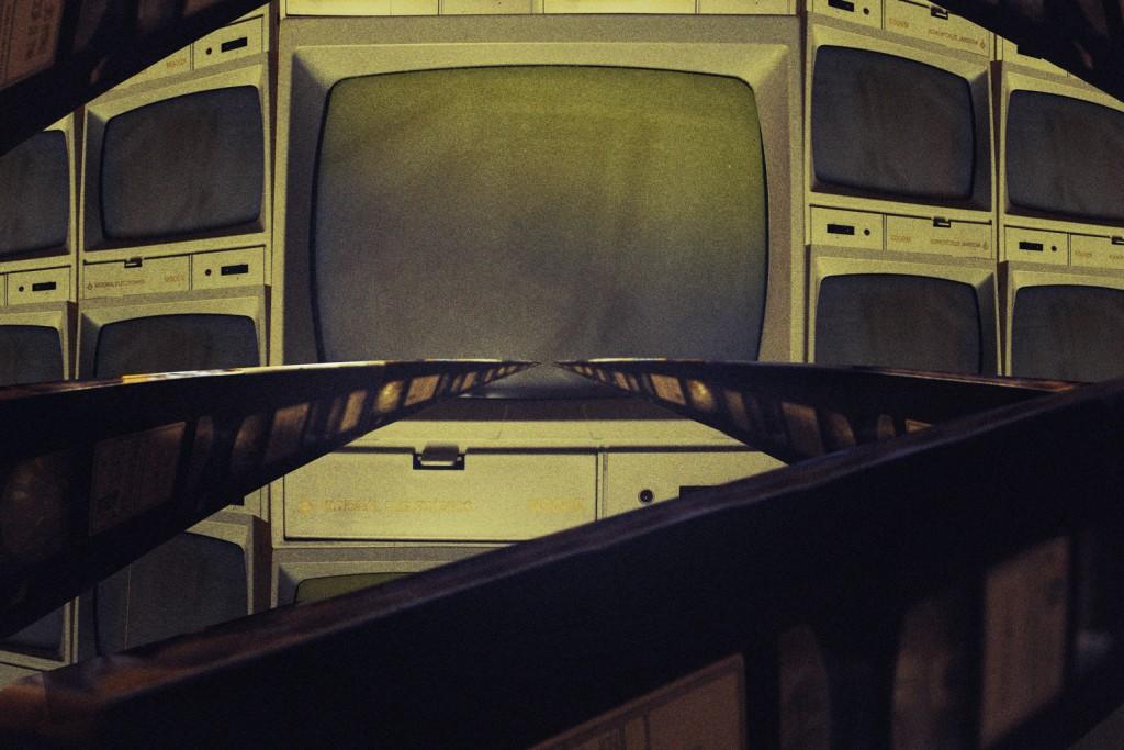 TV_01_ONLINE-V